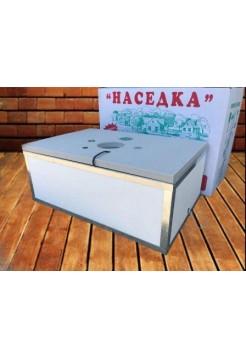 Инкубатор для яиц Наседка ИБМ 100, механический, аналоговый. Резаный пенопласт, края усилены металлом