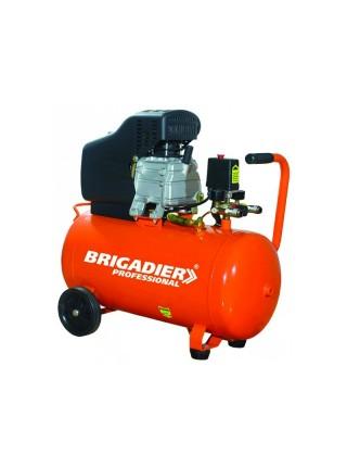 Компрессор масляный Бригадир Professional, AC-24P (+ набор)